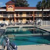 Howard Johnson Express Inn Suites - South Tampa Airport