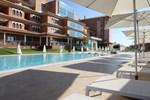 Отель AH Granada Palace Suites Business & Spa