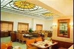 Отель Abad Atrium Hotel