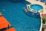 Отель Red Ginger Chic Resort