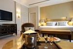 Отель Hotel Le Plaza