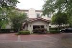 Baymont Inn & Suites Houston Hobby Airport