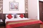 Отель Hotel Crystal Inn