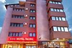 Отель Hotel Pacific
