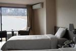 Отель Benikea Songjung Hotel