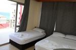 Отель Tug Hotel
