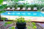 Отель Apsara Centrepole Hotel