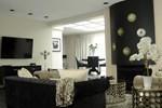 Апартаменты Rosellen Suites at Stanley Park