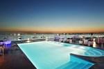 Отель DoubleTree By Hilton Istanbul - Moda