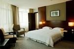 Отель Hotel Sixty3