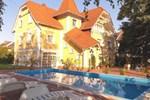 Гостевой дом Éden Villa Apartmanház