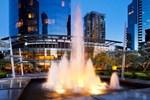 Отель Sheraton Vancouver Wall Centre