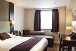 Отель Premier Inn Watford North