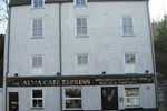 Хостел Hostel Alma & Cafe Express
