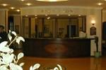 Отель Candan Beach