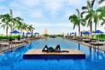 Отель Chatrium Hotel Riverside Bangkok
