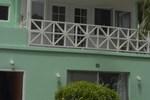 Отель Coral Harbour Beach House & Villas