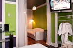 Chesterfield Hotel & Suites