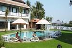 Отель River Beach Resort & Residences