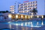 Отель Lord Nelson Hotel & Apartments