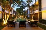Апартаменты Astana Pengembak Suite Apartment & Villa