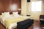 Отель NH Viapol