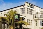 Отель Dunedin Palms Motel