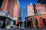 Отель Hotel Blow Up Hall 5050