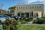 Отель Henlex Hotel