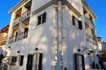 Отель Karavos Hotel