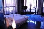 Отель Hôtel Design Les Bains Douches