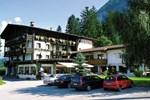 Отель Hotel Laserz