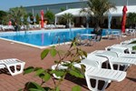 Отель Hotel Garden Club