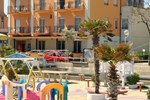 Отель Hotel Holiday Beach