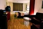 Отель Red Roof Inn & Suites Albuquerque