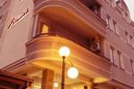 Апартаменты Premier Hotel