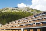 Отель Nira Alpina