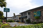 Отель Quality Inn & Suites