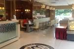 Отель The Crown Borneo Hotel