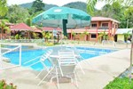 Отель Purnama Beach Resort