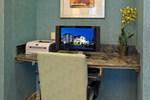 Отель Holiday Inn Express Hotel & Suites Santa Clara