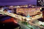 Отель Hamilton City Oaks
