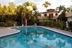 Отель CocoLaPalm Seaside Resort
