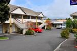 Отель Fenton Court Motel