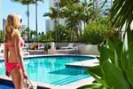 Отель QT Gold Coast