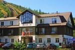 Отель Hotel Harrachov Inn