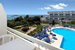 Отель Hotel Delfin