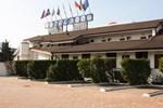 Отель Motel 2000