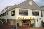 Отель Bay Court Motel