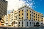 Отель Candlewood Suites Mobile-Downtown